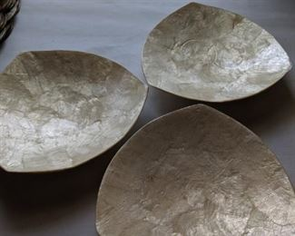LARGE CAPIZ GENUINE SHELL-CRAFT PLACEMATS and Bowls