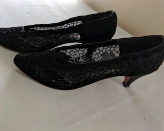 $15 Vintage Shoes about a size 6.5 or 7