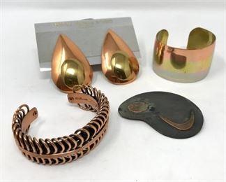 Metal Petals Jewelry https://ctbids.com/#!/description/share/188254