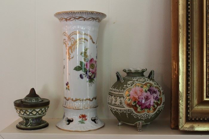 Bloomfield Twsp Mi Estate Sale Clocks Porcelain And