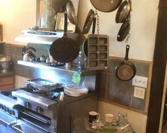 Pots and pans Cart
