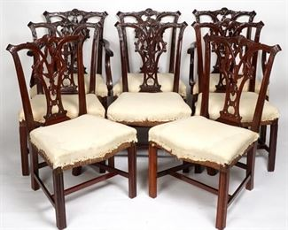 8 CIRCA 1780S AMERICAN CHIPPENDALE CHAIRS