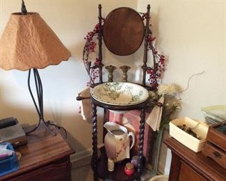 ANTIQUE PITCHER AND BOWL STAND