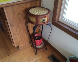 BAND BOX AND NICE CAST IRON FERN STAND