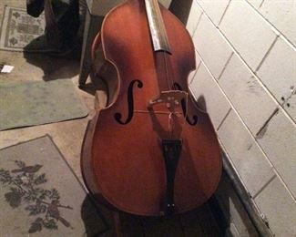 A BASS FIDDLE UNKNOWN MAKER