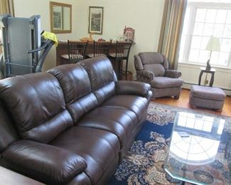 Like new Bob's Power Recliner Sofa