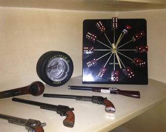 Clock with domino as numbers
