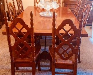 Thomasville dining table; 8 rush seat chairs