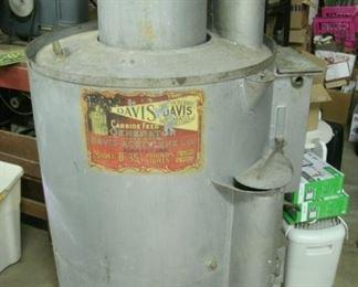rare Davis carbide feed generator