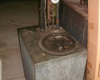 Bowser  oil pump