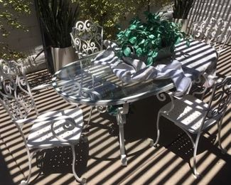 Iron Patio Table w/ 6 Chairs