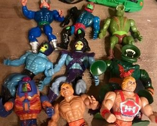 MASTERS OF THE UNIVERSE FIGURINES