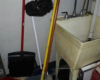 Shop sink, mops, broom, dust pan