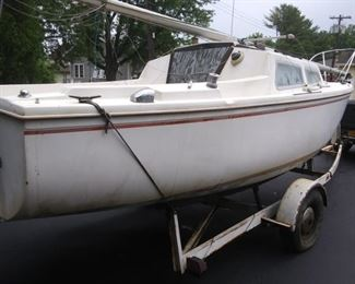 1974 Catalina 22' sailboat with 1981 Trailrite trailer, new tires