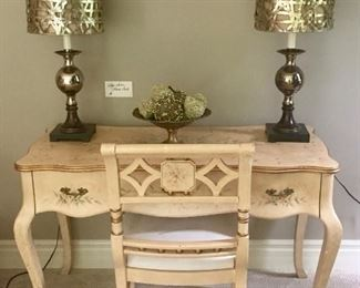 Floral Sofa Table and Chair