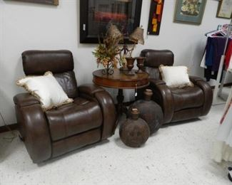 Entertainment area recliners, Table, matching jars, and home decor