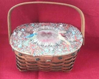 Basket purse with shells and birds