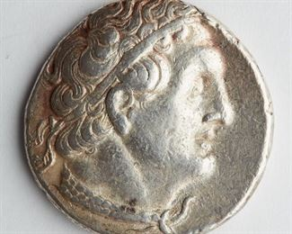 Ptolemy II tetradrachm, Sidon, c. 285-246 BCE. The obverse shows the profile of Ptolemy I with diadem. The reverse shows an eagle flanked by Greek lettering. SKU: 01346 Follow us on Instagram: @revereauctions