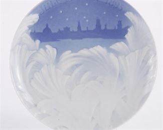 Bing and Grondahl, Denmark. Blue and white porcelain Christmas Eve (Jule Aften) plate for 1895. 1895 was the first year of production for Bing and Grondahl's iconic Christmas plates, marking the beginning of a tradition which is cherished to this day. SKU: 01285 Follow us on Instagram: @revereauctions