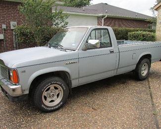 1987 Dodge Dakota 134,000 miles make an offer!