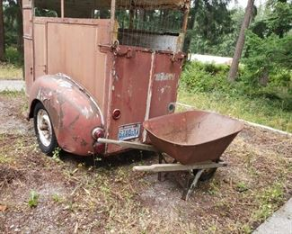 1940s single horse trailer title available