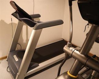 Treadmill - Precor TRM425