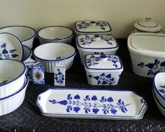 8 Portuguese Vintage China