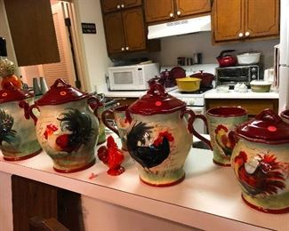 ROOSTER ceramics (Roosters are big in this sale, be prepared)