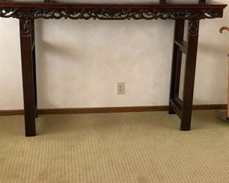 Another image of Chinese altar table