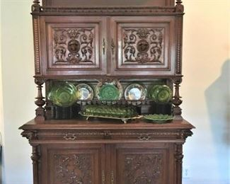 Beautiful Antique Hunt Cabinet