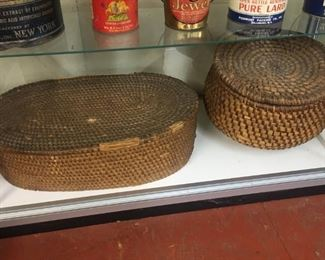 Early Gathering Baskets(Pine Straw and more)