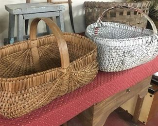 Old Oak Baskets(White Paint)