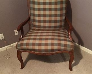 Wide-seated chair