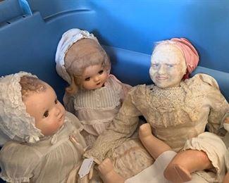Many Old Dolls