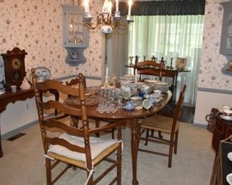 Dining Room Table Chairs Overview