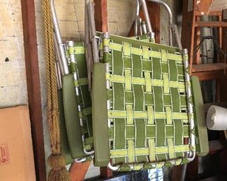 Vintage webbed green folding chairs, 2 large, 2 small