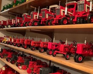 Amazing Toy Tractor Collection! Including John Deere, International, Farmall and more