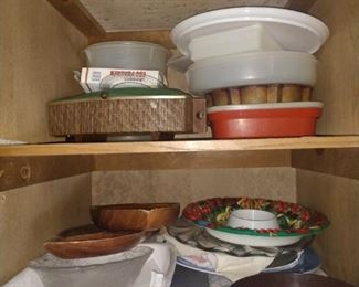 Lots of baking dishes