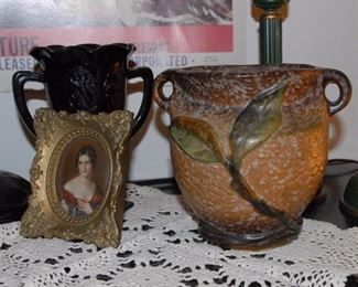 Weller Vase, excellent condition.
