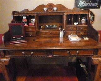 Butler Speciality Company desk in Plantation Cherry
