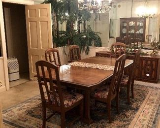 Stanley dining room table, chairs, china cabinet, buffet