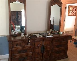 Mid Century Stanley 2 mirror Dresser matches King headboard, 2 nightstands, and armoire