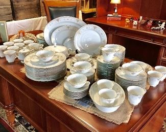 c.1979-1987, NORITAKE CHINA, 115+ Pieces, HIGHCLERE Pattern, 12 place settings with 5 serving pieces