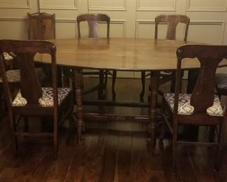 antique Irish gateleg table