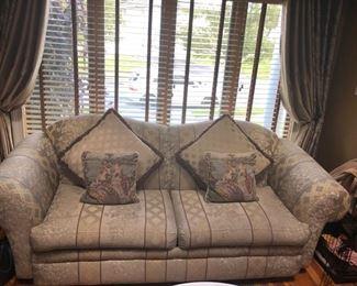 Living room furniture & sofas