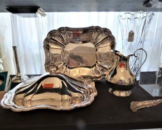 """Chippendale"" Silver plate covered dish & tray by Gorham"