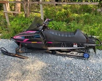 1994 Polaris Indy Storm Snowmobile (Runs Great, see Video)