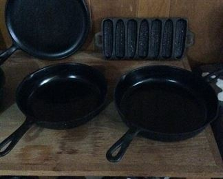 Good selection of Cast Iron, Griswold & Wagner Ware