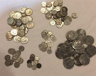 SILVER COINS: MORGANS & PEACE DOLLARS, HALVES, QUARTERS, DIMES & NICKELS