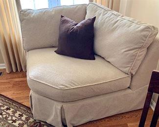 3 of 3 piece  set -center seat